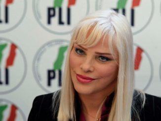 Ilona Staller vitalizio