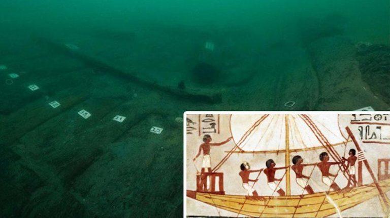 La nave nelle profondità del Nilo