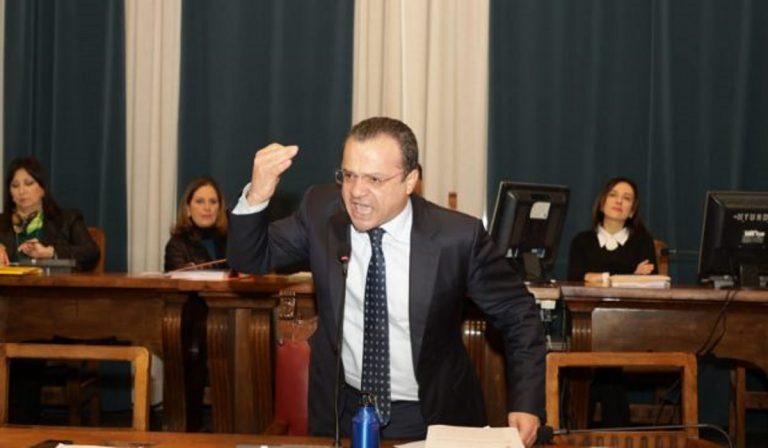 """Coronavirus, sindaco di Messina: """"No a passeggiate e sport"""""""
