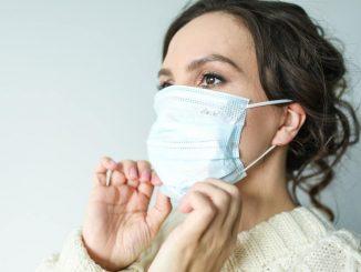 Coronavirus: disinfettare e riutilizzare le mascherine è possibile