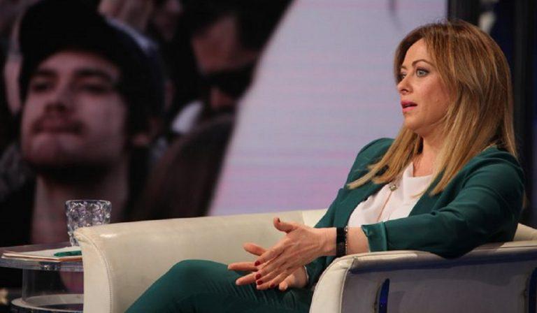 """Giorgia Meloni: """"I cinesi ci hanno portato il virus"""""""