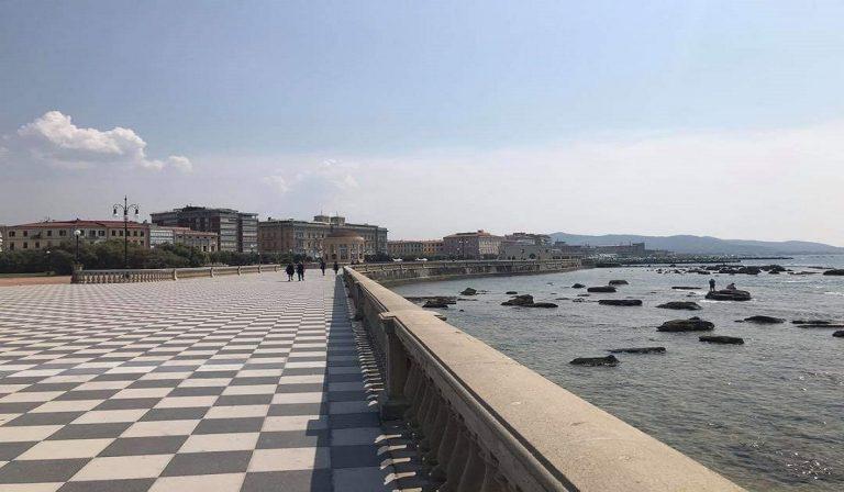 Morto ragazzo in pronto soccorso a Livorno