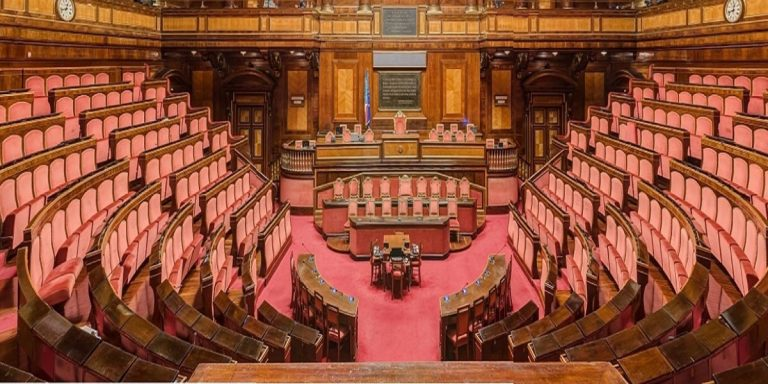 parlamento 768x384