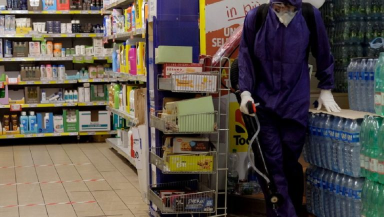 tossisce sui prodotti supermercato