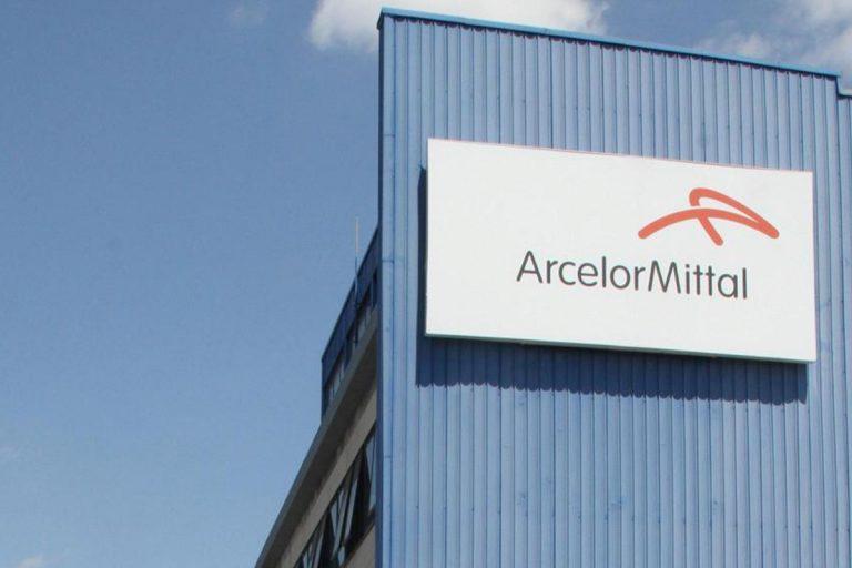 ArcelorMittal operaio mascherine licenziato