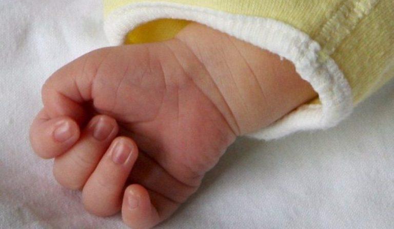 bimba morta arresto cardiaco pediatra