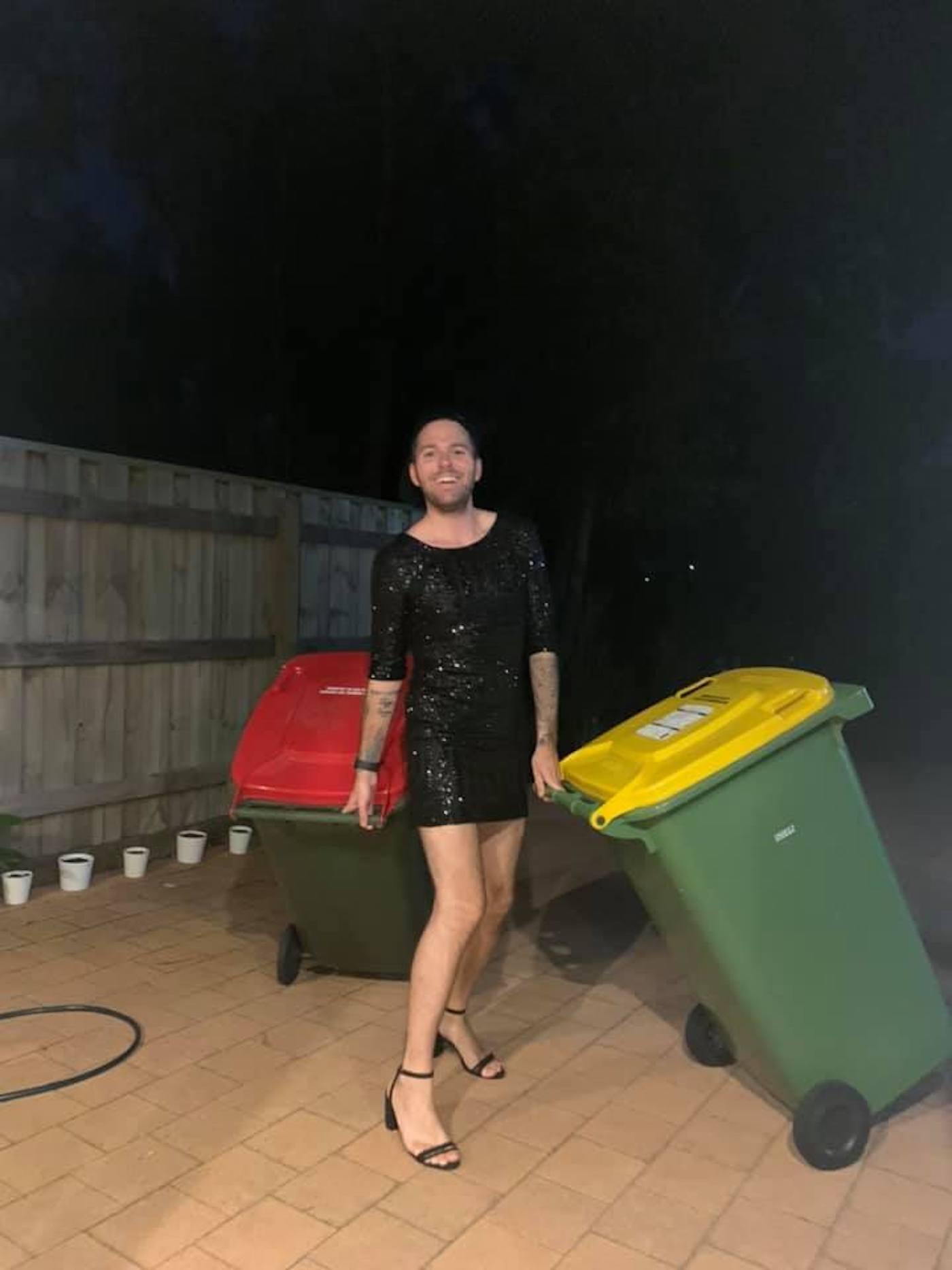 confinement australie sortie poubelles carnaval 1