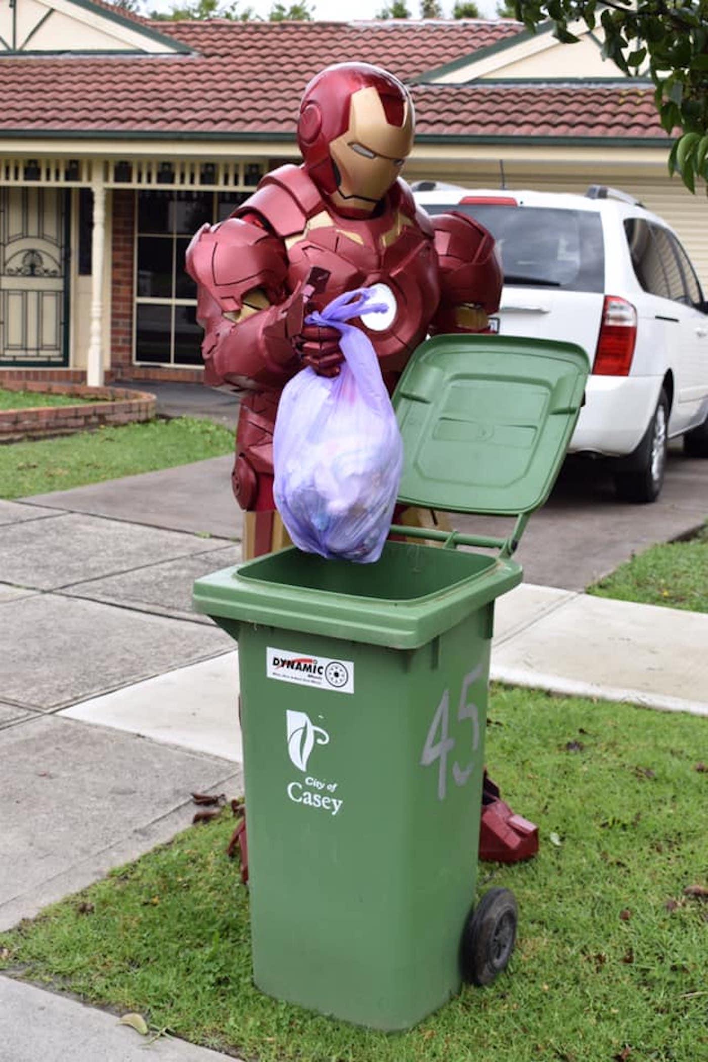 confinement australie sortie poubelles carnaval 12