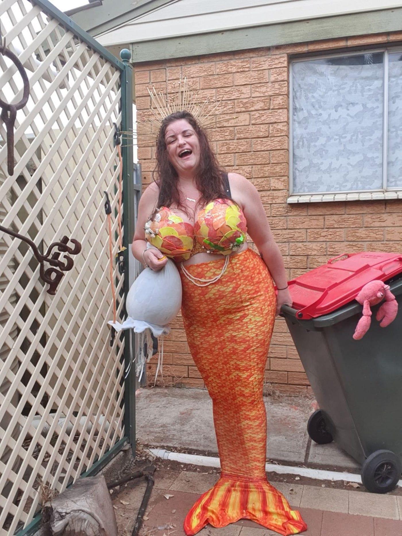 confinement australie sortie poubelles carnaval 5