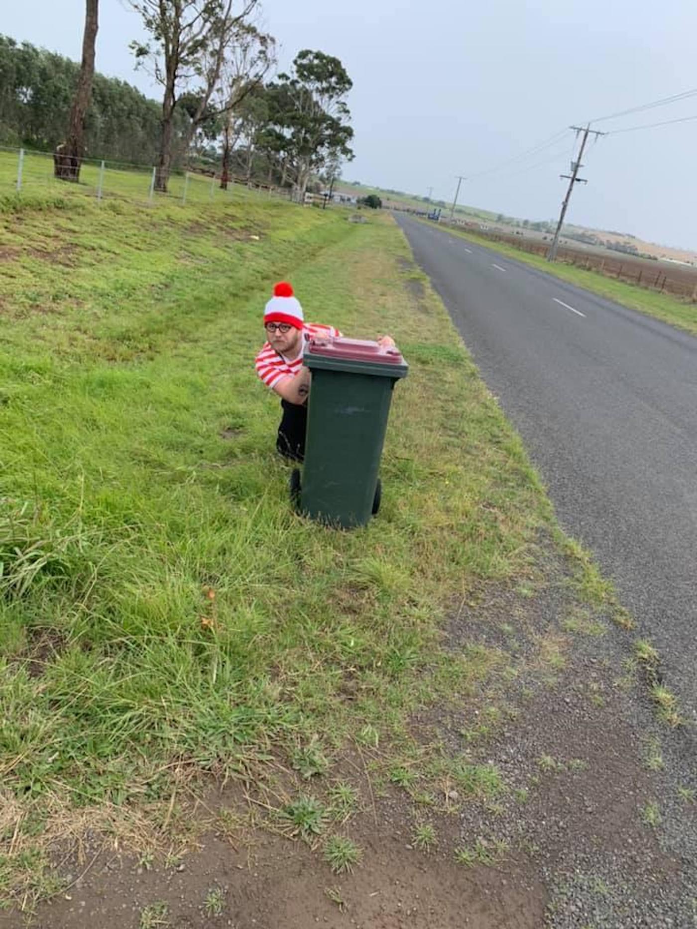 confinement australie sortie poubelles carnaval 7
