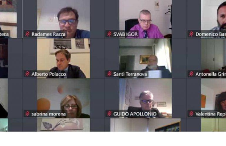 Consiglio comunale Trieste bestemmia