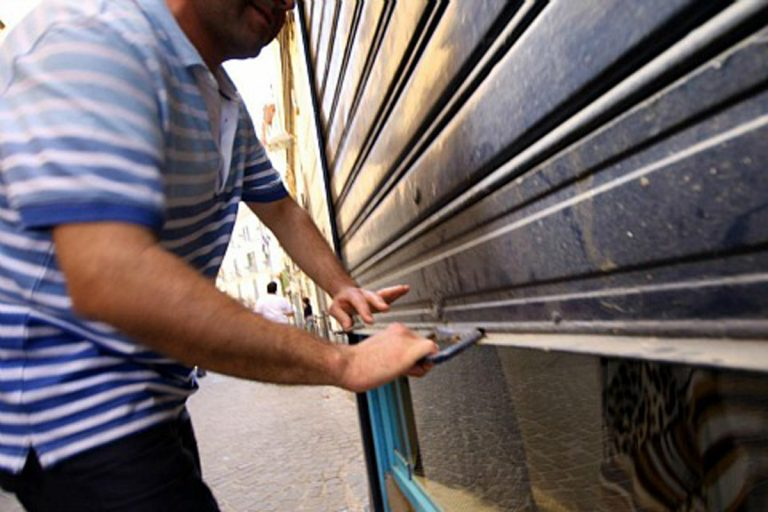 coronavirus Italia aziende meno