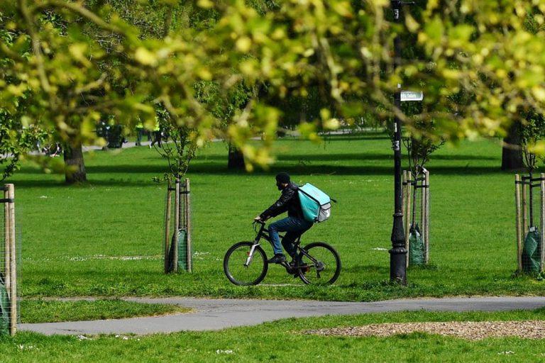 coronavirus rider multato parco