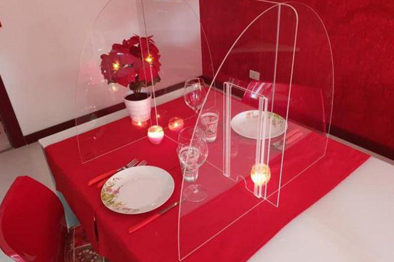 Coronavirus ristorante plexiglass Palermo