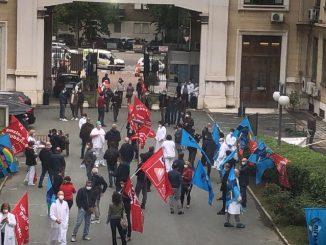 flash mob medici infermieri piemonte