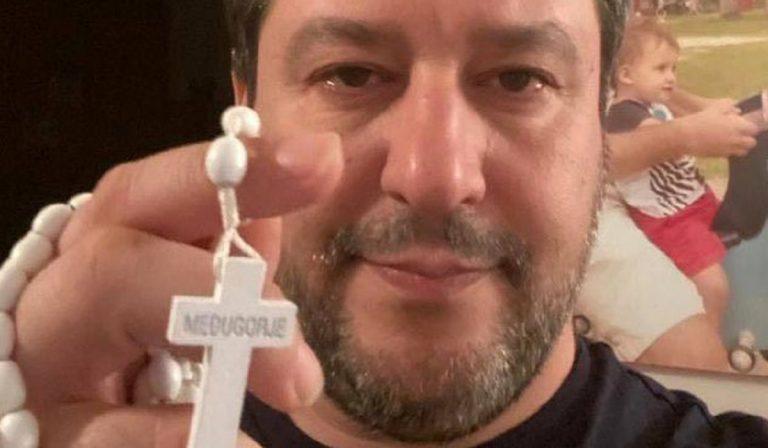 "Coronavirus, Salvini: ""Riaprire le chiese"""