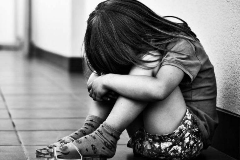 Violenza sulle bambine in Italia
