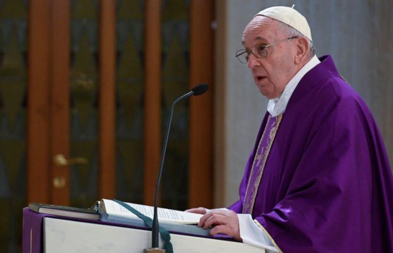 papa francesco contro i populisti