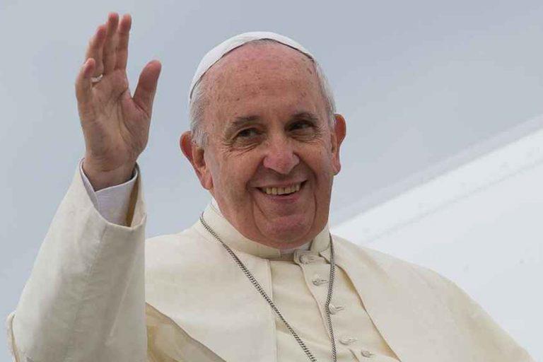 papa francesco telefona sindaco