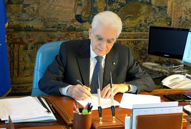 mattarella firma decreto cassa integrazione