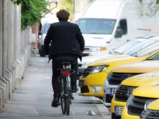 In bicicletta in città