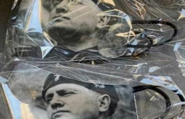 Coronavirus mascherine ritratto Mussolini