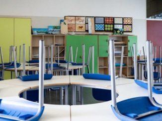 Coronavirus, Francia: riapertura anticipata delle scuole elementari