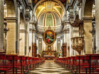 Coronavirus, a Roma 18 contagiati al funerale