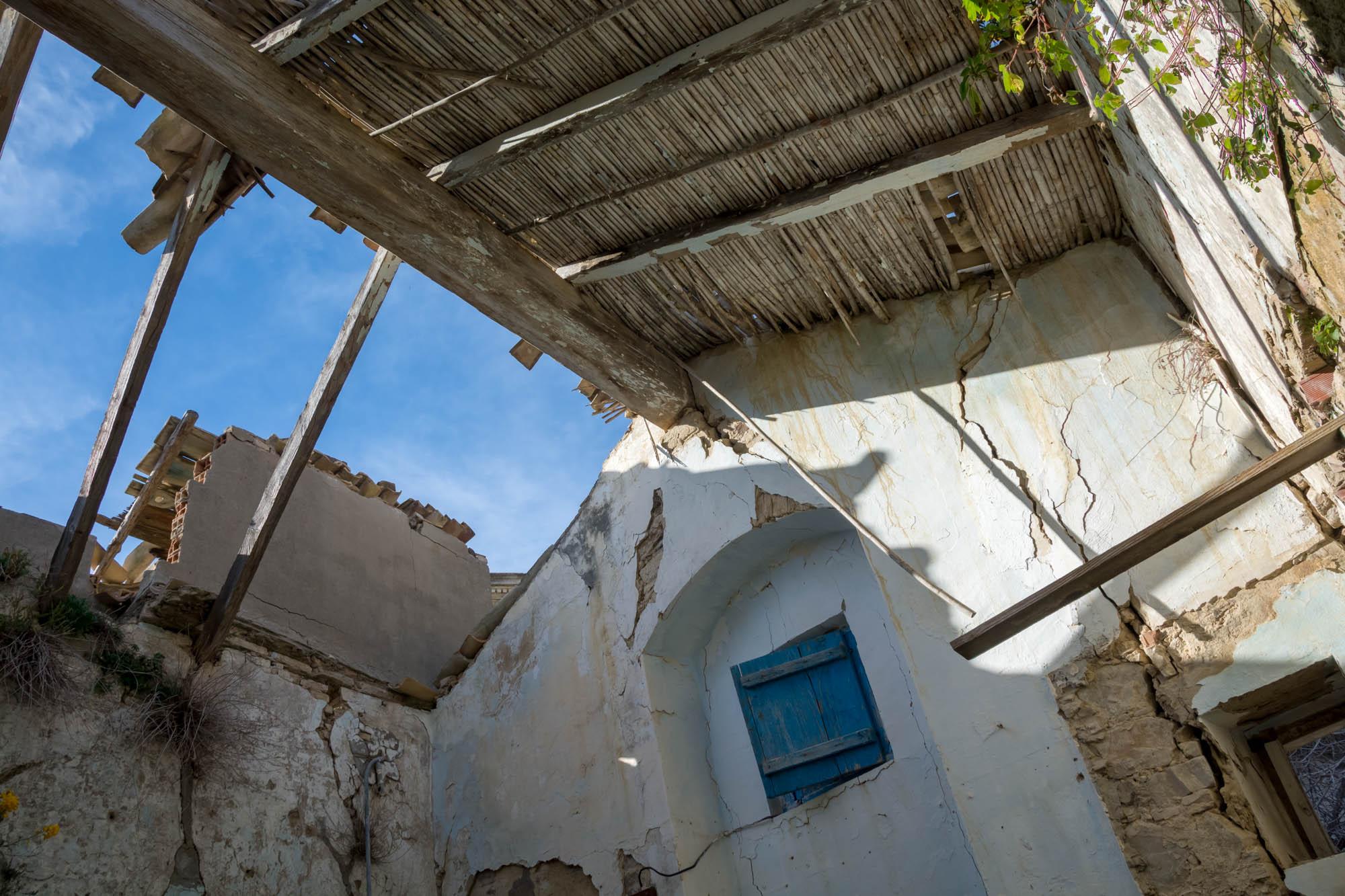 Una casa abbandonata della città di Craco