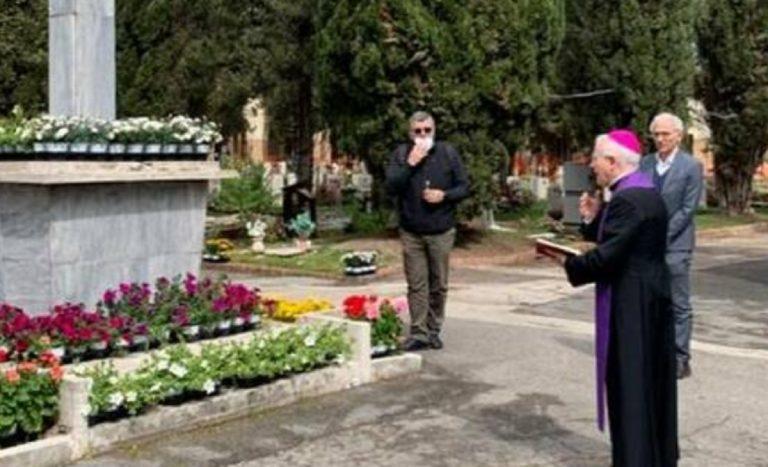 funerali senza bara