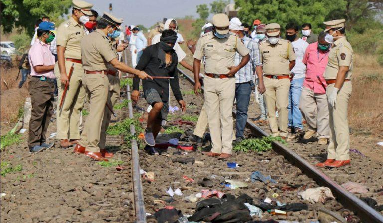 India, treno con migranti