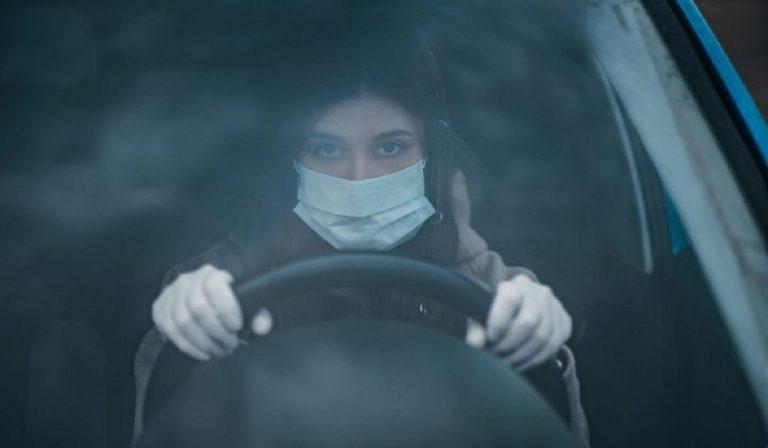 Coronavirus, in fase 2 l'Iss spiega cosa fare in auto