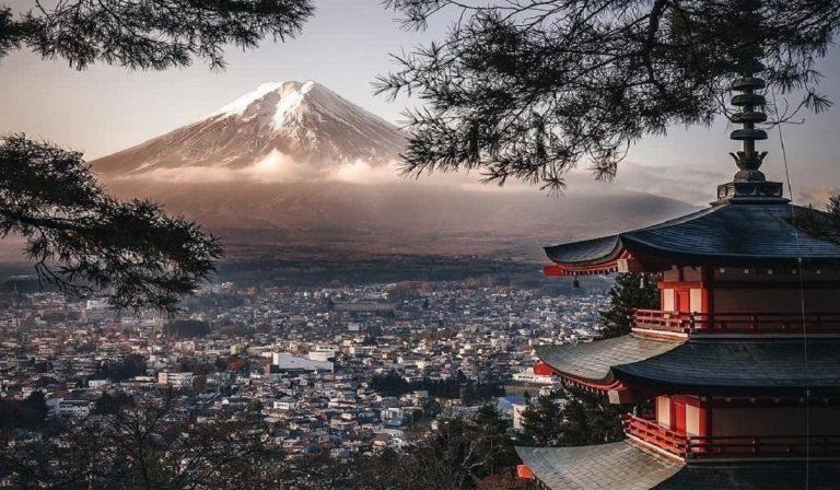 Giappone: piano turismo con metà soggiorno gratis