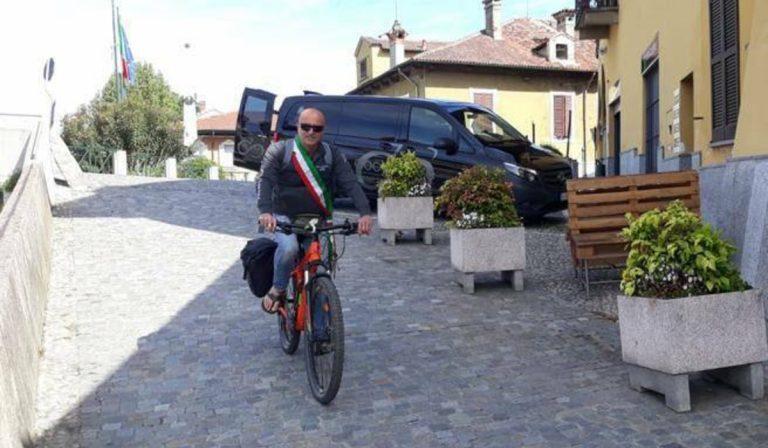 sindaco-a-piedi-verso-roma