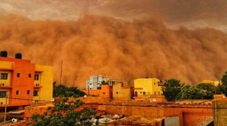 Tempesta di sabbia in Niger