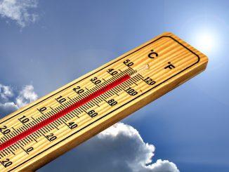 Come contrastare il caldo in casa: trucchi e rimedi