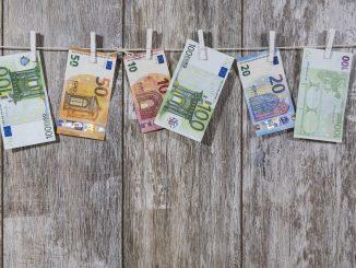 Tutti gli aiuti alle piccole partite IVA