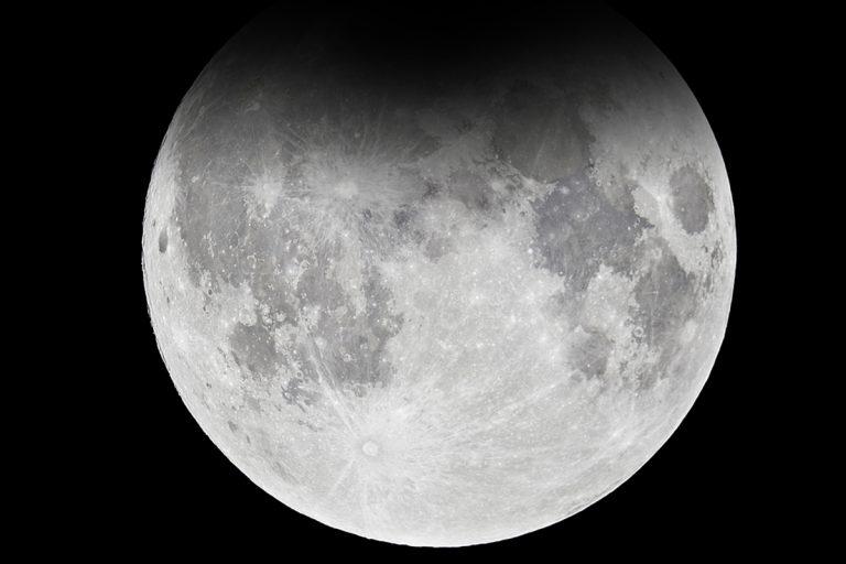 Astronomia giugno due eclissi parziali