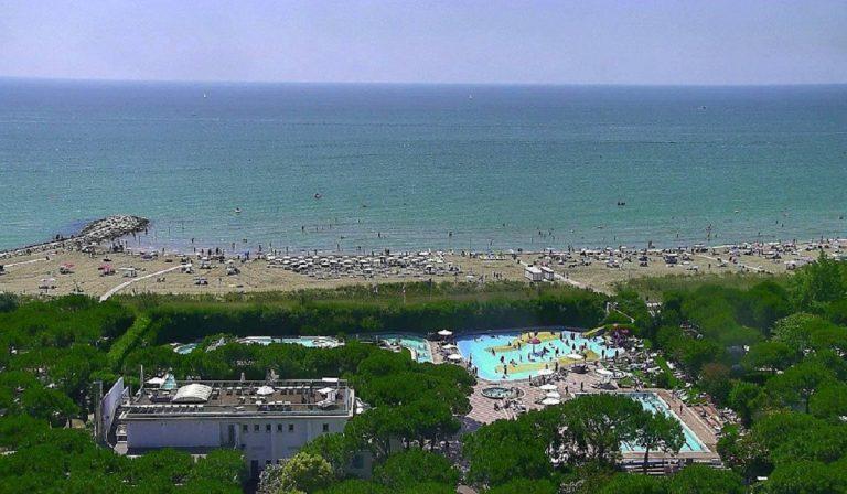 Turisti tedeschi in spiaggia in Veneto