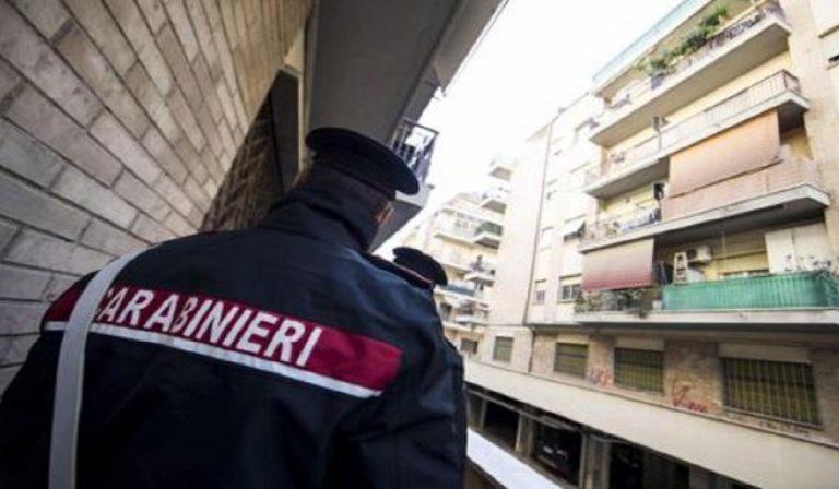 Tiene in ostaggio vicino e figlia, ex carabiniere arrestato