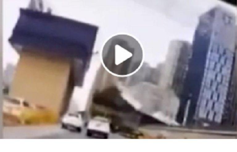 Gru crollata strada Wuhan