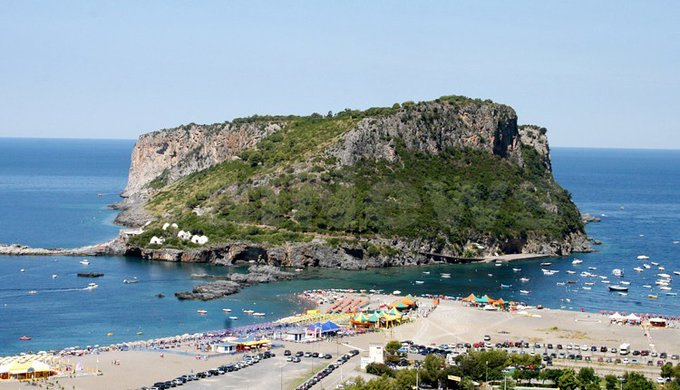 isola di Dino, Calabria