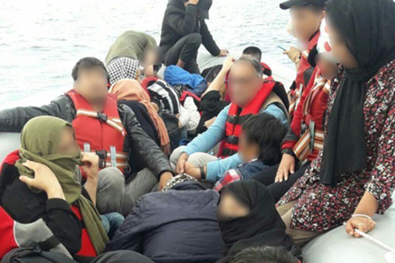 migranti mediterraneo barcone