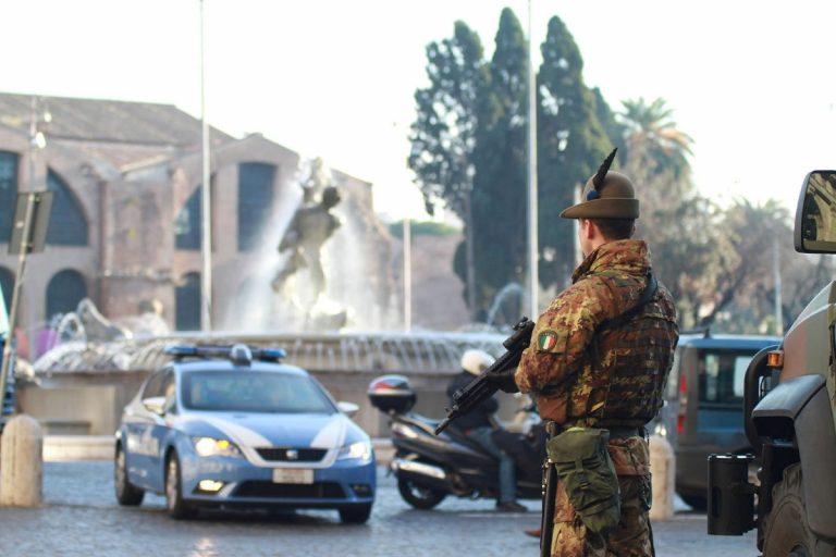 modena-militari-indagati