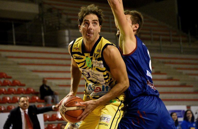 Muore in incidente stradale Attilio Pierini, giocatore di basket