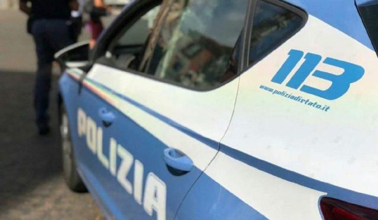 Napoli: picchia moglie e figlia con una mazza di ferro