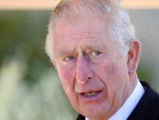 Principe Carlo rivedere padre