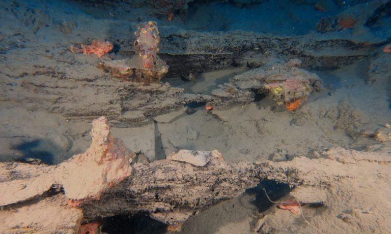 I resti del relitto di Camogli