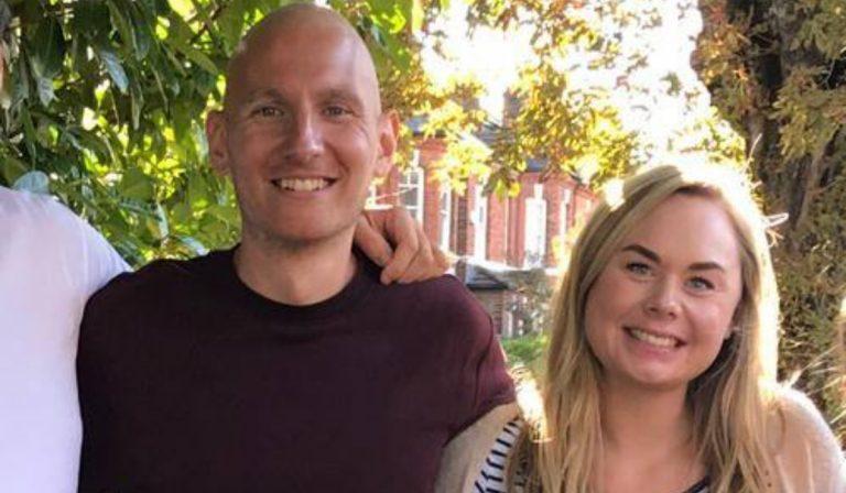 Uomo scopre un tumore incurabile dopo il viaggio di nozze