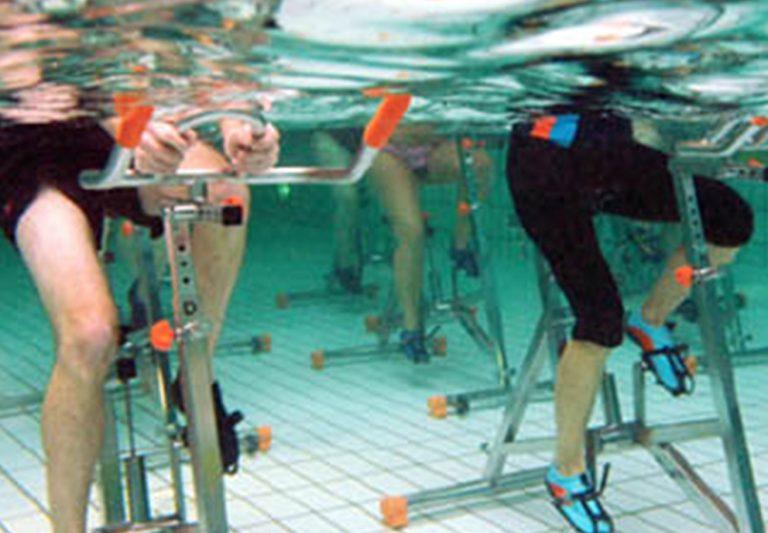 coronavirus-piscina